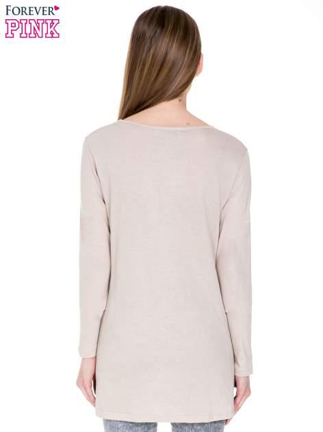 Beżowa bluzka z dłuższym tyłem                                  zdj.                                  4