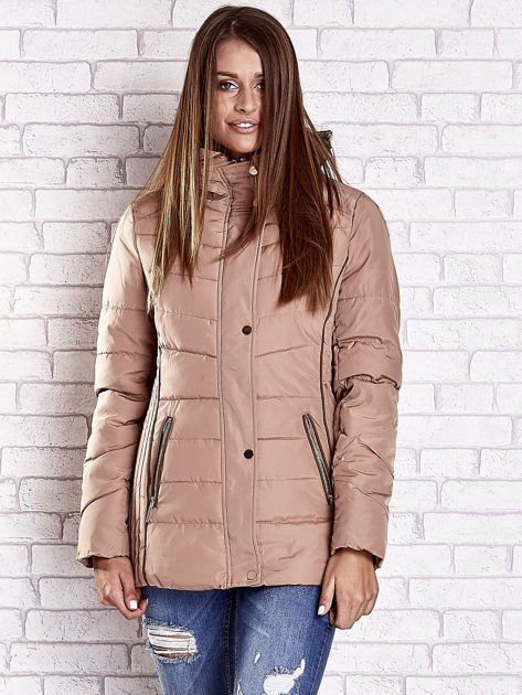 Beżowa kurtka zimowa ze skórzaną lamówką i futrzanym kapturem                                  zdj.                                  9