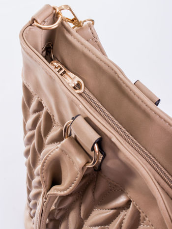 Beżowa pikowana torba na ramię                                  zdj.                                  10