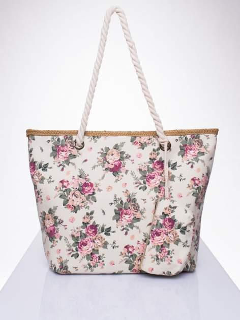 Beżowa plażowa torba w kwiaty na sznurku                                  zdj.                                  1