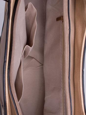 Beżowa pozioma torba ze złotymi detalami                                  zdj.                                  4