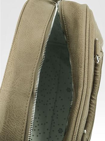 Beżowa torebka typu miękki kuferek z dodatkowym paskiem                                  zdj.                                  8