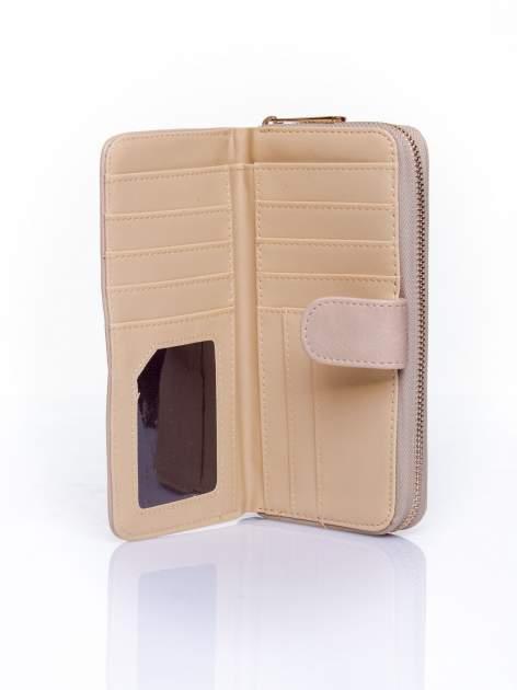 Beżowy pikowany portfel ze złotym suwakiem                                  zdj.                                  4