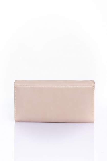 Beżowy portfel z ozdobnym detalem i złotymi okuciami                                  zdj.                                  2
