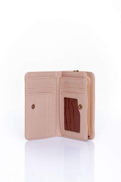Beżowy portfel z plecionkowym wykończeniem                                  zdj.                                  3