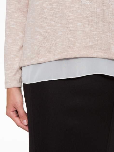 Beżowy sweter z rozcięciem z tyłu                                  zdj.                                  6
