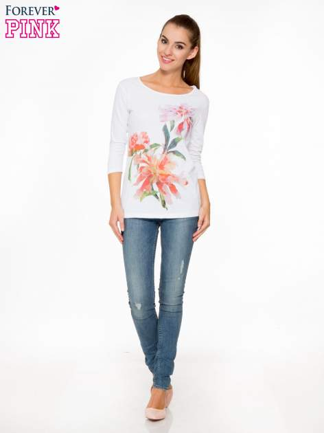 Biała bawełniana bluzka z motywem kwiatowym                                  zdj.                                  2