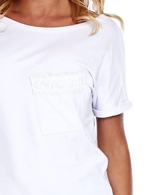 Biała bluzka damska z koronką                              zdj.                              5