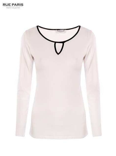 Biała bluzka z kontrastową lamówką z dekoltem w łezkę                                  zdj.                                  1