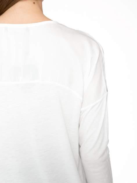 Biała bluzka z kwiatowym ornamentem i rękawami 3/4                                  zdj.                                  8