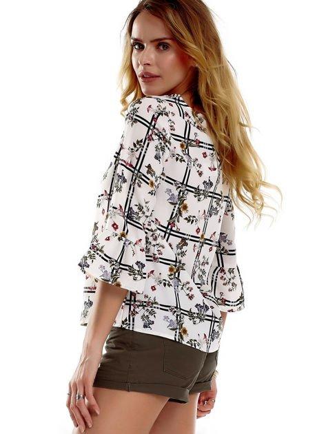Biała bluzka z motywem kwiatowym                              zdj.                              6