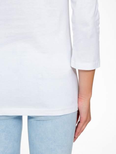 Biała bluzka z nadrukiem ODDAM W DOBRE RĘCE                                  zdj.                                  10