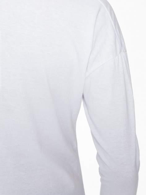 Biała bluzka z nadrukiem kota z koroną i napisem MEOW                                  zdj.                                  9