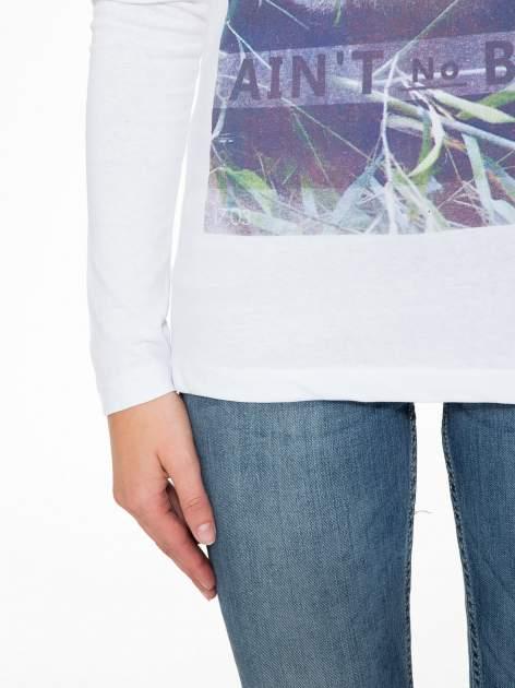 Biała bluzka z nadrukiem pandy                                  zdj.                                  8