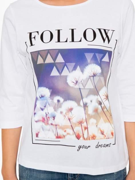 Biała bluzka z napisem FOLLOW YOUR DREAMS                                  zdj.                                  6