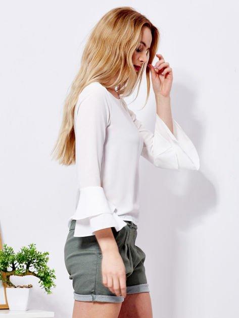 Biała bluzka z rozszerzanymi rękawami                              zdj.                              5