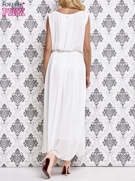 Biała grecka sukienka maxi z koronką z tyłu                                  zdj.                                  4