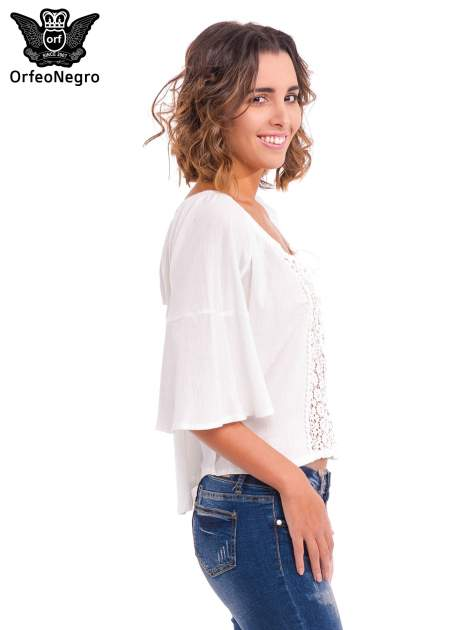 Biała koszula z ażurowym przodem                                  zdj.                                  3
