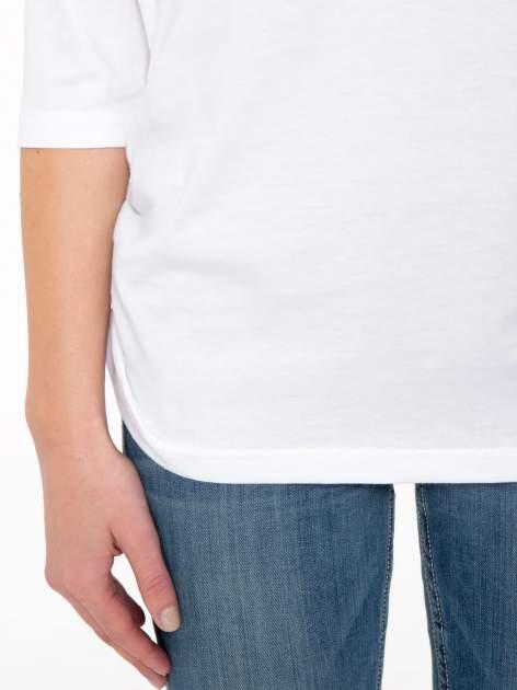Biała luźna bluzka z rękawem 3/4                                  zdj.                                  7