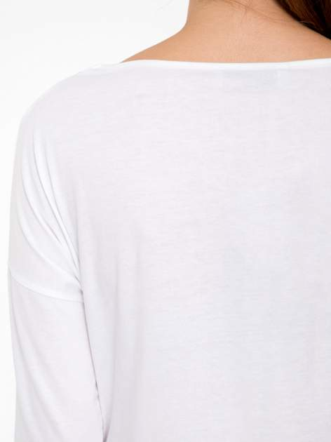 Biała luźna bluzka z rękawem 3/4                                  zdj.                                  9