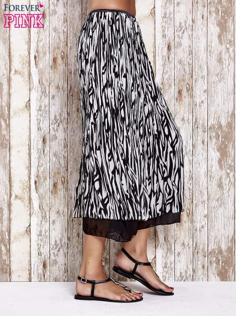 Biała plisowana spódnica midi z brokatem                                  zdj.                                  3