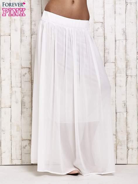 Biała spódnica maxi na gumkę w pasie