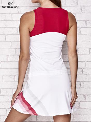 Biała sukienka sportowa z czerwonymi wstawkami                                  zdj.                                  4