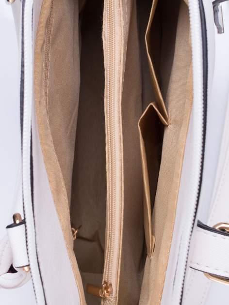 Biała torba na ramię z ozdobnymi detalami                                   zdj.                                  5