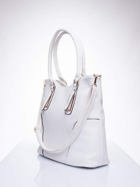 Biała torba shopper bag ze złotymi okuciami przy rączkach                                  zdj.                                  2