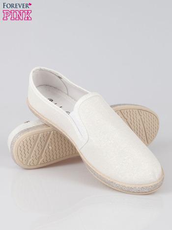 Białe buty slip-on                                  zdj.                                  4