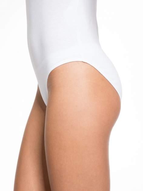 Białe gładkie body na szerokich ramiączkach                                  zdj.                                  6