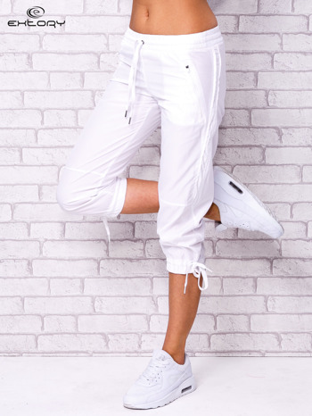 Białe spodnie sportowe capri z siateczką                                  zdj.                                  1