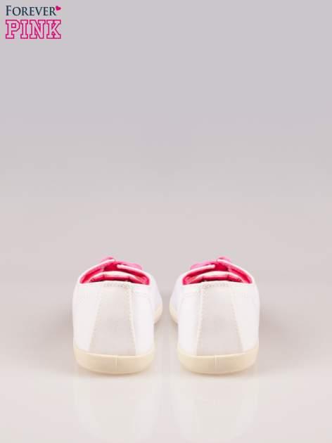 Białe tenisówki damskie z różowymi sznurówkami                                  zdj.                                  3