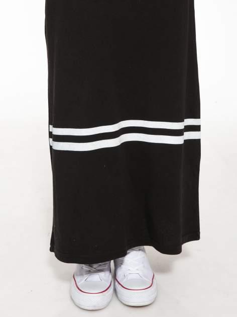 Biało-czarna sukienka maxi z numerem 92 w stylu baseball dress                                  zdj.                                  8
