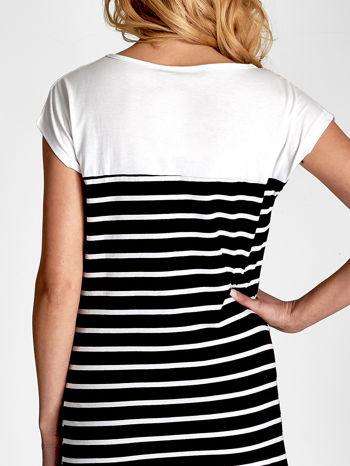 Biało-czarna sukienka w paski z napisem w stylu city                                  zdj.                                  6