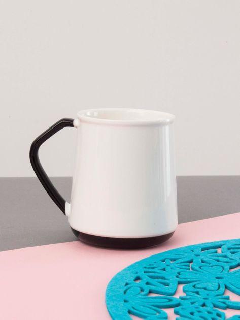 Biało-czarny kubek ceramiczny                              zdj.                              2