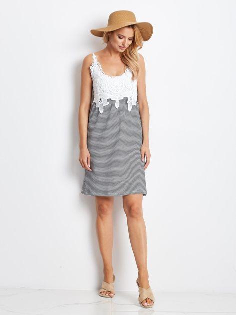 Biało-granatowa sukienka Daybreak                              zdj.                              4