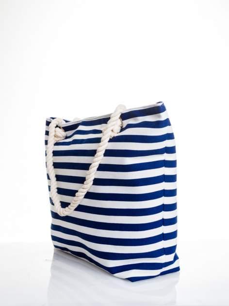 Biało-granatowa torba plażowa w paski                                  zdj.                                  4