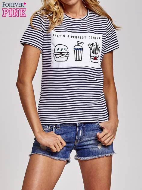 Biało-granatowy t-shirt w paski z motywem fast food