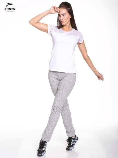 Biały bawełniany t-shirt z siateczką                                  zdj.                                  5