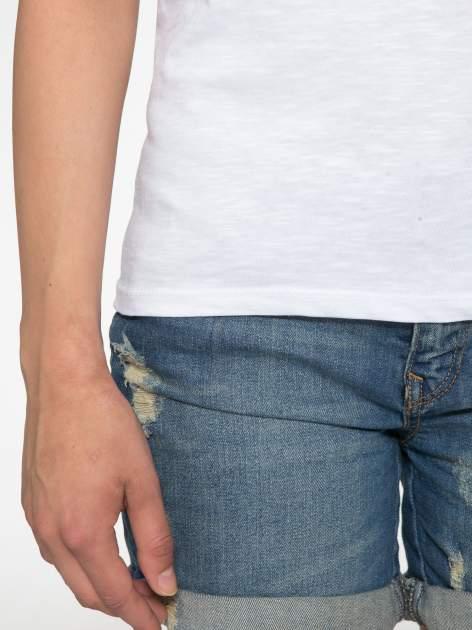 Biały półtransparentny t-shirt basic                                  zdj.                                  6