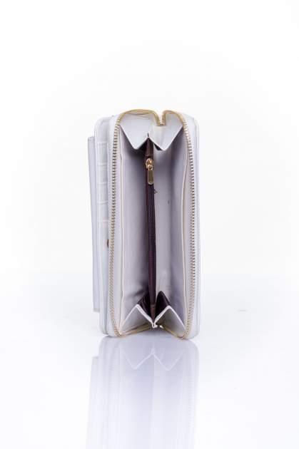 Biały portfel ze złotym zapięciem                                  zdj.                                  5