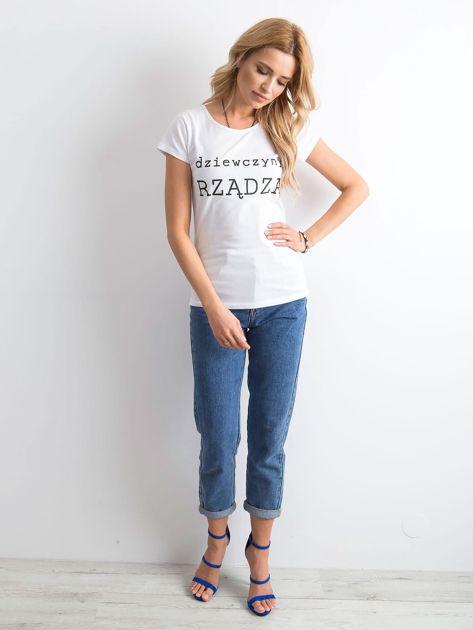 Biały t-shirt damski z napisem                              zdj.                              4