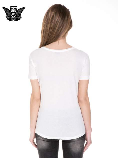 Biały t-shirt z metalicznym napisem JERK                                  zdj.                                  4