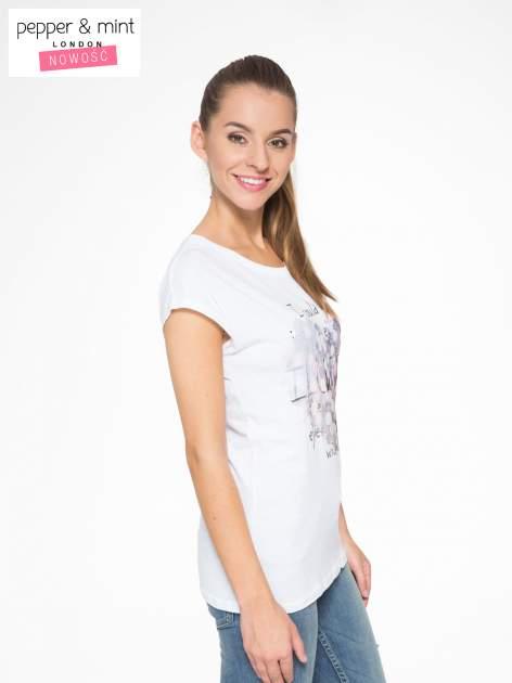 Biały t-shirt z motywem serca                                  zdj.                                  3
