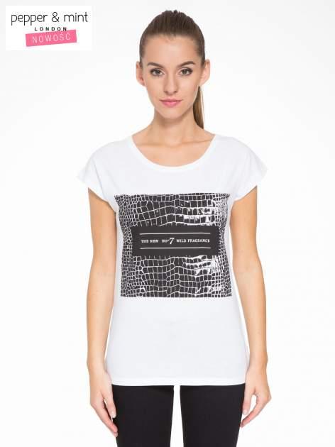 Biały t-shirt z motywem zwierzęcym                                  zdj.                                  1