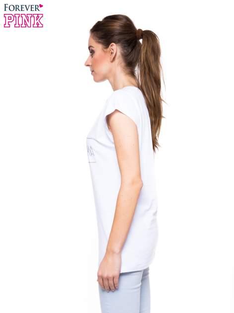 Biały t-shirt z nadrukiem PANI KIEROWNICZKA                                  zdj.                                  3
