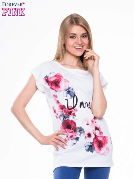 Biały t-shirt z nadrukiem kwiatów i napisem DREAM                                  zdj.                                  1
