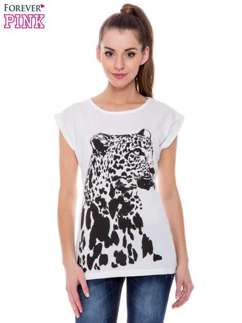 Biały t-shirt z nadrukiem leoparda