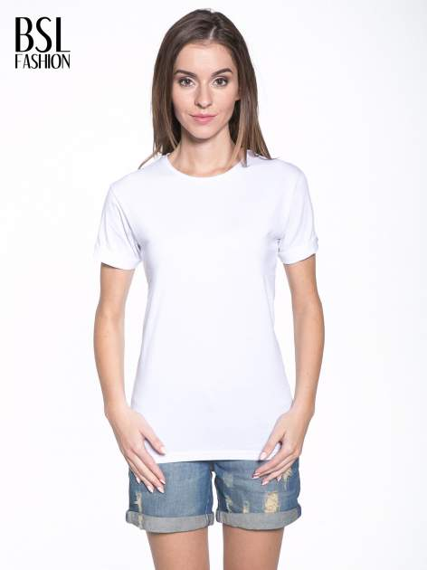 Biały t-shirt z nadrukiem numerycznym KAWAKUBO 42 z tyłu